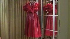Striptease in red