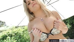 Aubrey stops by to have her cunt fucked and filled