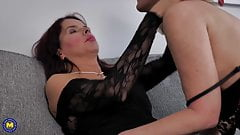Wives and moms fuck in lesbian porn