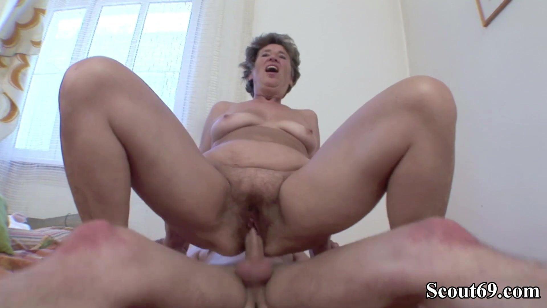 at home lesbian