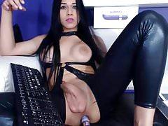 Cute in latex masturbate on webcam