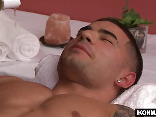 Massage Therapist Billy Santoro Fucks His Client