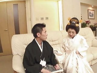 Memoirs or a geisha - Japanese geisha girl sucking cock gv00024