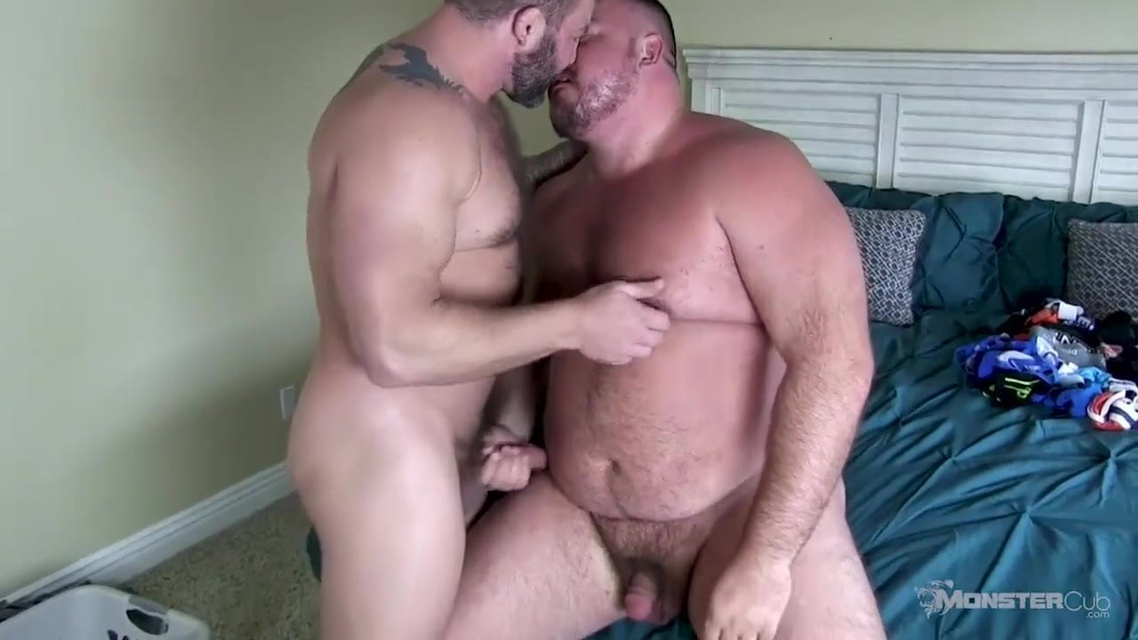 Bear Osos Videos Porno hunter scott & colby jansen