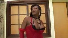 Ebony tranny in red stockings