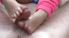 Skilled Footjob in the Fields