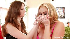 Pornstars Summer and Jay have hardcore lesbian fun