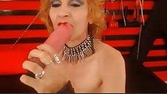 sexy granny dom sucks and fucks dildo