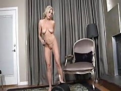 Payton Hall -Sybian Workout's Thumb