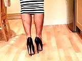 Crossdresser Shoeplay Teasing in 7 Inch Heels & Skirt