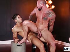 Barebacked hunk spreads his anus open for that hard schlong