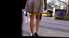 Candid - Turkish MILF In Skirt With Sexy Leggs