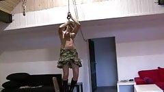 an titten frei hangen