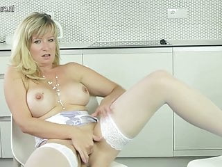 Sexy MILF showing off her body and masturbating