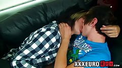 Twink deepthroats his lover before anal pounding