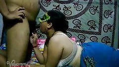 Velamma Bhabhi South Indian Big Tits MILF Blowjob Sex