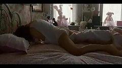 Natalie Portman masturbation