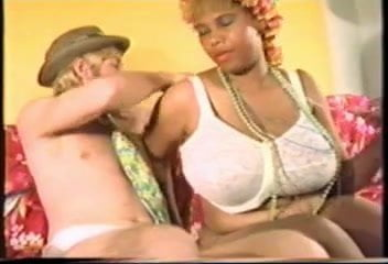 Yolanda huge tits