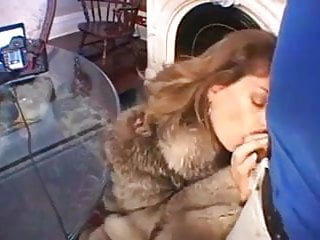 Amature Milf In Fur Sucks Gets Fucked