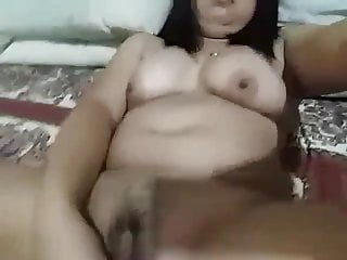 Chubby Asian Teen Amateur Toying Pussy