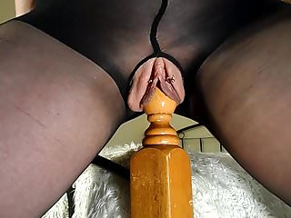 Amateur Milf Rides Her Bedpost Multiple Squirting Orgasms