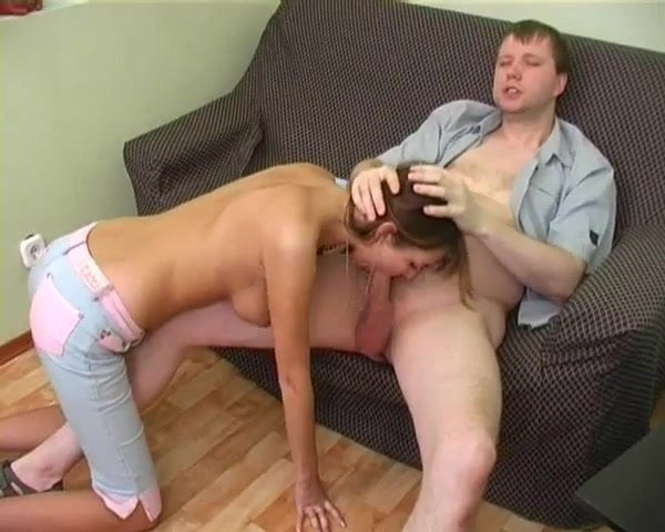 пока муж на работе сосет трахает его жену порно проституткамивсе