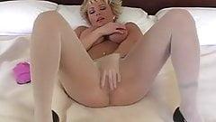 Mature Heather PantyhoseTease