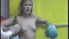 Boxing ko topless