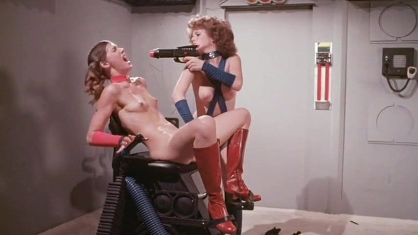horny pussy girls