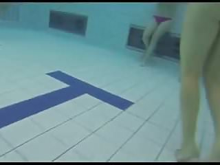 Teens Give Handjob and Blowjob in the public Pool