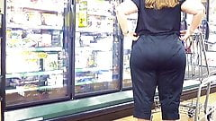 Candid Booty 2