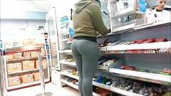 Gostosa de leg na farmacia