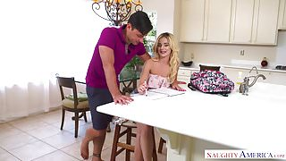 Bubble-butt Bella banged by big bopper! - Naughty America