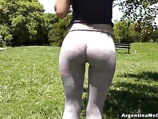 Super Hot Perfect Round Ass and Big Cameltoe on This Teen