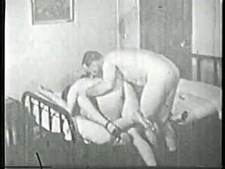 Old guy enjoys hot threesome with two horny chicks in the bedroom