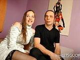 Deutsche Paar fickt vor der Kamera