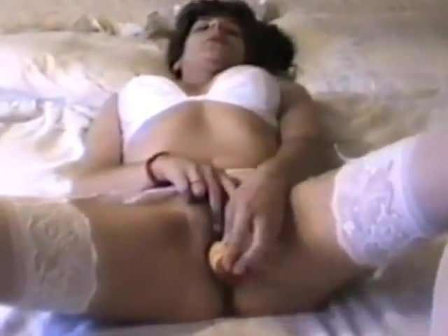 Multiple creampie gangbang fill pussy pee