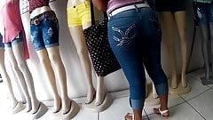 Black teen wide hips