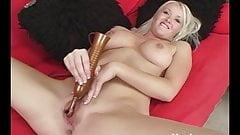 Yanks Blonde Anna Cumming