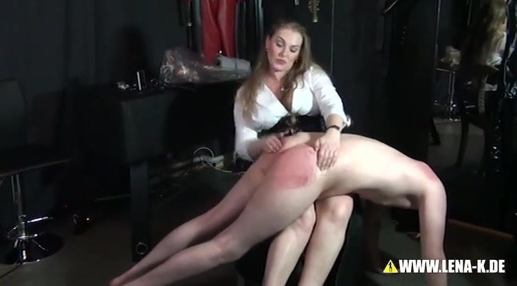 Госпожа спанк порно на телефон