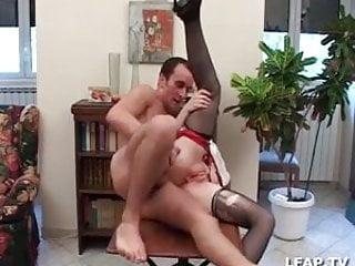 L Infirmiere se fait trouer le cul par le patient