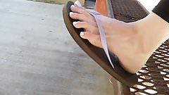 Emily spreading her toes