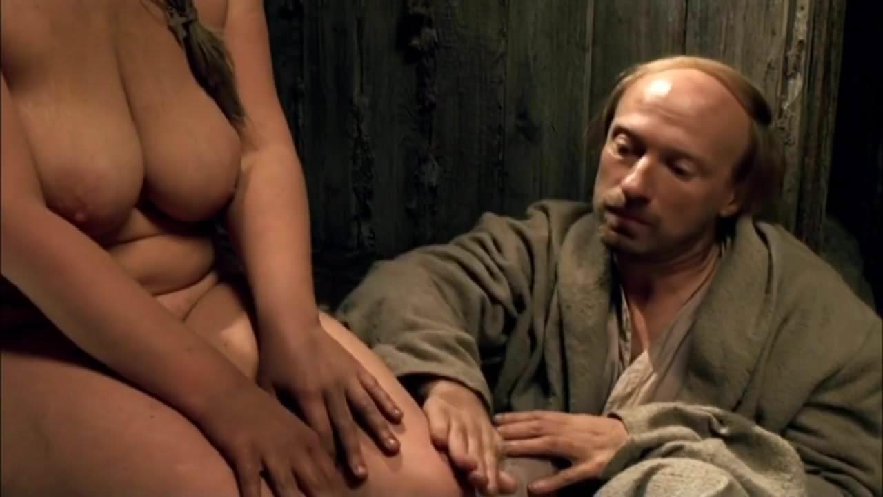 они устают смотреть российские актрисы в эротических сценах уже улице