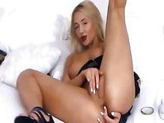 Nice babe webcam
