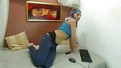 Hijab Kapali Show