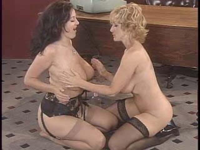 Lesbian threesome erogifs erogif ero gifs sex XXX