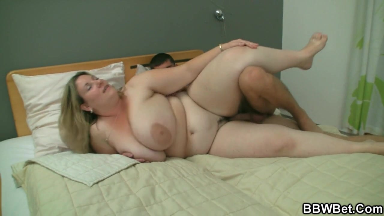 Nude fat girl and skinny guy — img 7