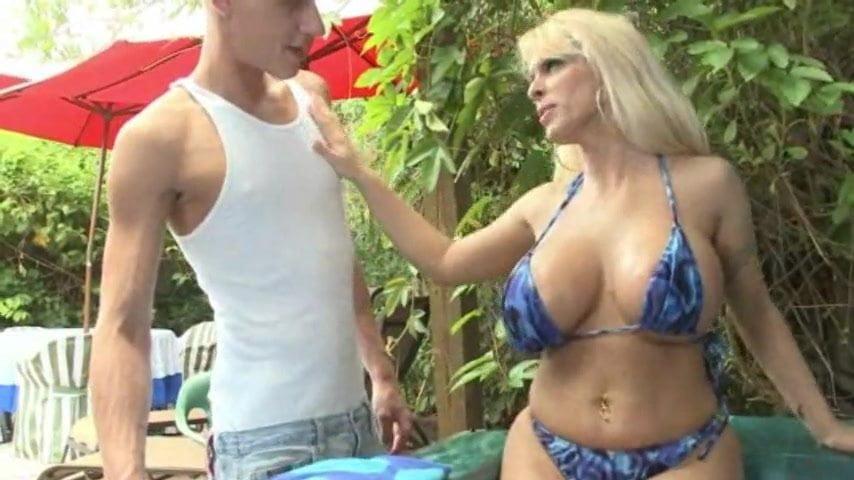 Ava divine sexual desire