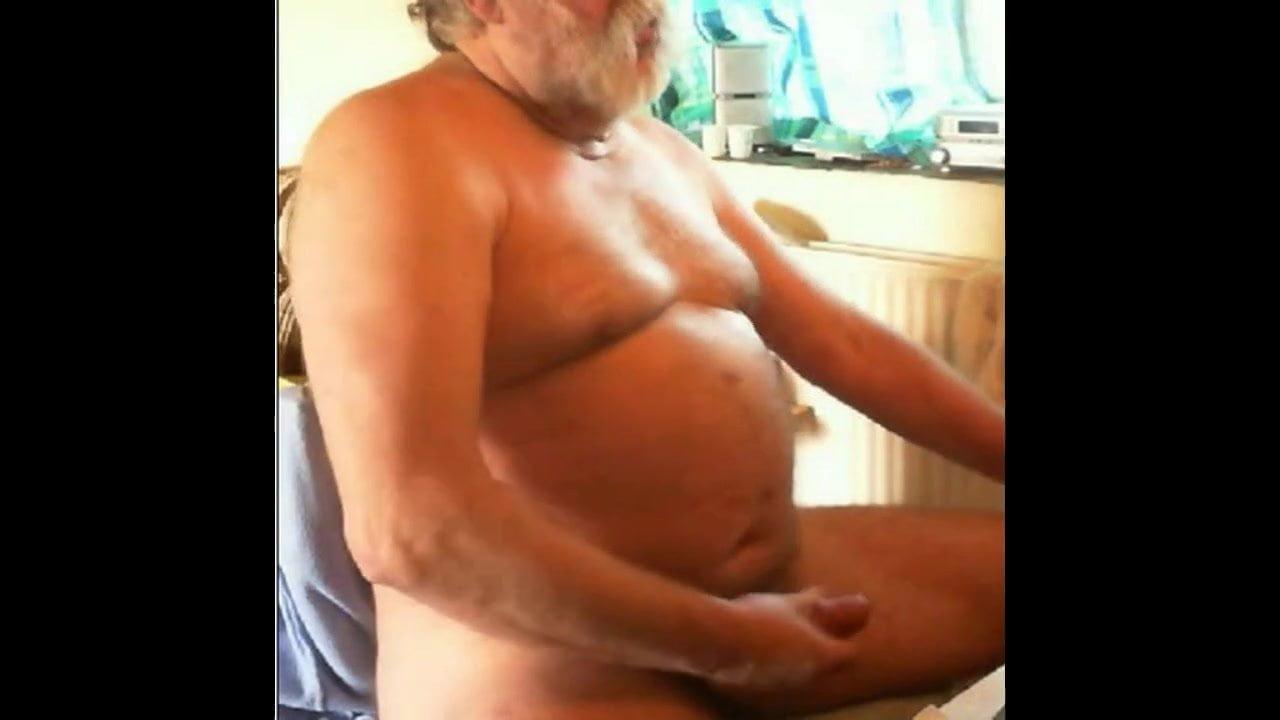 Andaluz Porno Gay grandpa cum on cam on cam