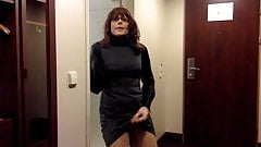 Tranny masturbation in office dress